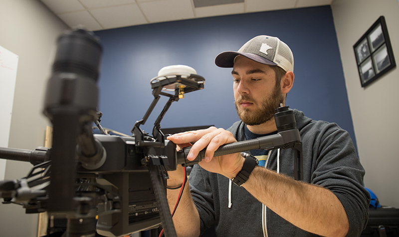 Intern pioneers new UAS technology