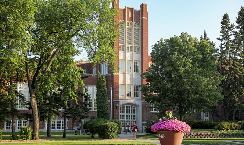 Faculty show leadership, courage in planning for fall semester