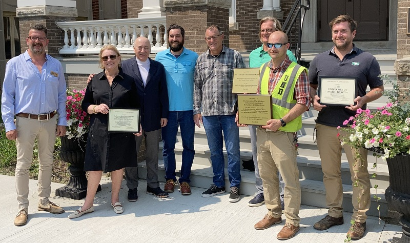 Commission honors Gershman Graduate Center, Carnegie Hall historic preservation work